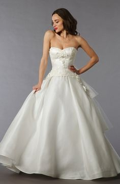 Sweetheart A-Line Wedding Dress  with Dropped Waist in Silk Taffeta. Bridal Gown Style Number:32714305