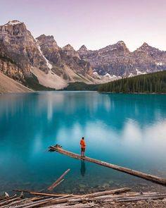 Moraine Lake Alberta Canada |  Tiffany Nguyen Say Yes To Adventure