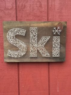 home Art Theme - Ski String Art Nail Art Rustic Wooden Sign Handcrafted Home Decor Winter Theme Skiing Sign Snowflake String Art Ski Decor, Diy Home Decor, Wooden Diy, Wooden Signs, Winter Thema, String Art, A Boutique, Home Art, Arts And Crafts