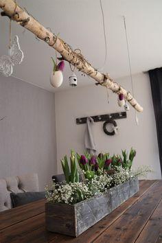 DIY Dekokiste im Werkzeugkistenstil - Elas Dekoideen - picture for you Home Staging, Decoration Bedroom, Diy Home Decor, Do It Yourself Upcycling, Tool Box Diy, My New Room, Plant Hanger, Living Room Decor, Diy And Crafts
