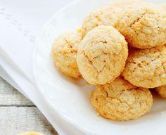 Ecco dei golosissimi biscotti alle mandorle con stevia, ottimi con il te