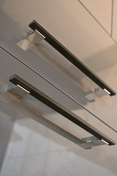 Modern Cabinet Pulls,8 Inch Black And Chrome Door Pull,8inch Door Pull,