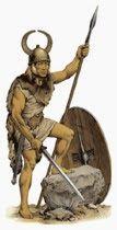 """Conosciamo la memorabile epopea degli antichi avi della Garfagnana: i Liguri Apuani.Una storia cominciata con le migrazioni dalla Valle del Rodano tremila anni prima Cristo e conclusasi amaramente con la deportazione di massa nel 180 a.C da parte dei romani nel Sannio.Un popolo fiero ed indomito che nella guerra e nella razzia aveva riposto ogni speranza di sopravvivenza che Tito Livio descrive così """"armi e solo armi ed un popolo che nelle armi aveva riposto ogni speranza""""."""