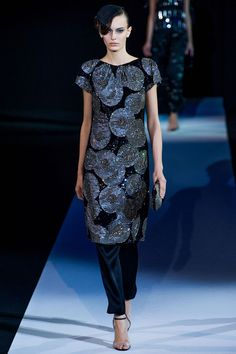 Giorgio Armani Spring 2013 Ready-to-Wear Collection Slideshow on Style.com