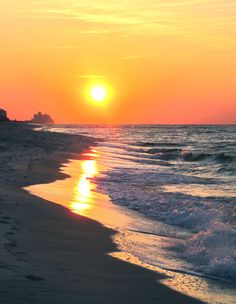 Sunrise in Orange Beach AL... I'd give just about ANYTHING to be back here right now. #forreals #hurryupsummer2014