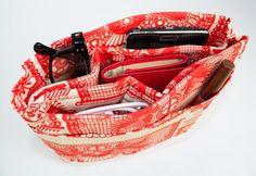 DIY purse organizer keeps your purse organized tutorial
