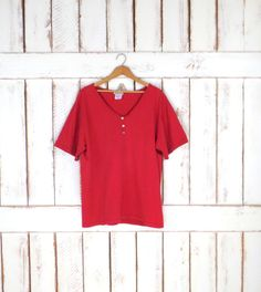 Vintage basic red cotton tshirt/minimalist red 90s tee/red pullover by GreenCnynMercantile on Etsy