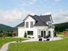 Hausbau ideen mit garage  Celebration 125 V5 • Effizienzhaus von Bien-Zenker • Modernes ...