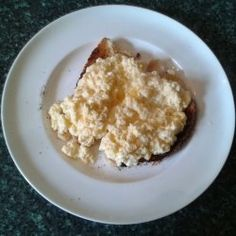 How to Make Scrambled Eggs - Easy Recipe  Scrambled eggs are one of the easiest meals to cook, and therefore suitable for beginners such as people leaving home for the first time.