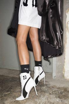 Les boots du défilé Fenty x Puma by Rihanna