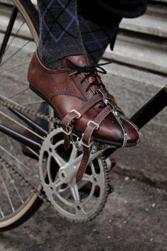 leather strap #fixie #singlespeed #fixedgear