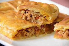 Get The Recipe: Sriracha & Cilantro Steak Empanadas Tuna Pie, New Recipes, Cooking Recipes, Cooking Panda, Avocado Recipes, Savoury Dishes, No Cook Meals, Steak, Food And Drink