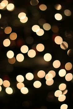 bokeh Christmas tree photo tips