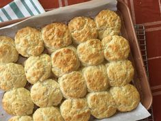 It Took Joanna Gaines a Year to Get This Biscuit Recipe Right Savoury Biscuits, Buttery Biscuits, Buttermilk Biscuits, Buttermilk Recipes, Freezer Jam Recipes, Cooking Recipes, Bread Recipes, Freezer Biscuit Recipe, Cat Recipes