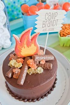 camping cake ideas - Google Search Camping Theme, Camping Parties, Camping Ideas, Kid Parties, Themed Parties, Campfire Cake, Bonfire Cake, Cowboy Party, Summer Birthday