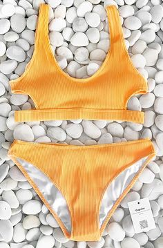Stunning New Arrival~ Fresh & Sporty & Energetic~ Best respond for calling of sea, suit in this chic solid yellow bikini set and enjoy your vacation. Free shipping. Shop now!