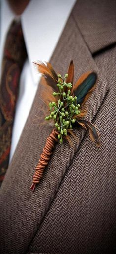 Fall Wedding Groom Boutonniere for a nod to those that love the great outdoor and/or to hunt Boutonnieres, Feather Boutonniere, Groom Boutonniere, Thanksgiving Wedding, Autumn Wedding, Burgundy Wedding, Christmas Wedding, Floral Wedding, Wedding Bouquets
