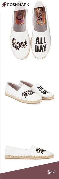 Size 9.5 NWB Circus by Sam Edelman Cayla Flat White Sandals