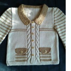 2 Colored Twirl Pattern Pocket Cover Decorated Children Cardigan Making. Free Chunky Knitting Patterns, Knitting Designs, Knit Patterns, Free Knitting, Baby Cardigan, Girls Sweaters, Baby Sweaters, Baby Pullover Muster, Pull Bebe
