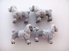 10 Tiny White and Grey Poodle Beads - CB269
