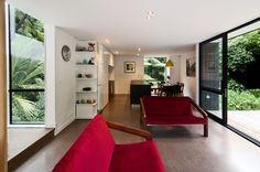 Box Lite Corrondella by BOX Living (via Lunchbox Architect) Living Room Interior, Home Interior Design, Belmont House, Polished Concrete Flooring, Lounge Suites, Container House Design, Modular Homes, Open Plan Living, Prefab