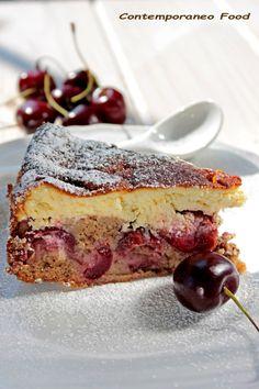 Torta bicolor fondente yogurt greco e ciliegie.