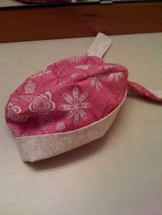 Women's Pixie Scrub Hat with 2 tone  After lots of searching I could never find a pattern/guide to making scrub caps so after muc...