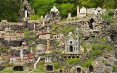 Ave-Maria-Grotto Alabama