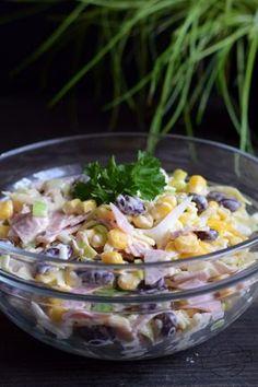 Sałatka z szynką, serem, porem i kukurydzą – Smaki na talerzu Appetizer Salads, Appetizer Recipes, Salad Recipes, B Food, Cooking Recipes, Healthy Recipes, Vegetable Salad, Appetisers, Potato Salad