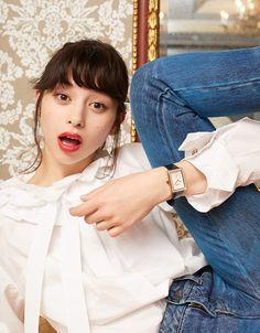 シャネルの腕時計「ボーイフレンド」の写真 Japanese Models, Japanese Girl, Men Looks, Asian Cute, Ayami, Eye Candy, Cute Girls, Chanel, Fashion Photography