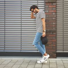 #tshirt #jeans #adidas #white #blue #sunglasses #streetstyle #style #menstyle #manstyle #menswear #fashion #mensfashion