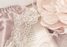 greek mythology / a casual aphrodite ▸ imagined in pink ❜ soft petals. silk beneath her. Princess Aesthetic, Pink Aesthetic, Lucrezia Borgia, Goddess Of Love, All I Ever Wanted, Gossip Girl, Little Things, Girly Things, Pretty In Pink