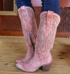 Cowgirl Boots - Finding The Right Shoes - Some Advice Corral Cowgirl Boots, Cowboy Boots Women, Western Boots, Buy Shoes, Me Too Shoes, Kardashian, Bootie Boots, Shoe Boots, Pink Boots