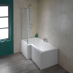 Final Choice - Stratford Square Shower Bath LH Pack
