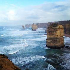 Les 12 apôtres  Great Ocean Road  #greatoceanroad #seegor #12apostles #beautiful #australia #victoria #ocean #waves #inlove by clenours http://ift.tt/1ijk11S