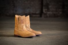 In the early 1920s, as Red Wing Shoe Company's reputation for quality footwear expanded, Red Wing looked to meet the needs of ranchers, oil men and plantation workers in the growing southwest United States. In 1953, Red Wing introduced a simple, minnesotan take on the popular western pull-on boot. The Pecos, named after a city in Texas and trademarked in 1959, quickly became a Red Wing icon. Two styles of Pecos are now available as part of the Heritage collection in North America.