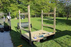 Lav dit eget shelter på hjul - Bettina Holst Blog Backyard For Kids, Outdoor Furniture, Outdoor Decor, Play Houses, Garden Bridge, Shelter, Diy And Crafts, Projects To Try, Shed