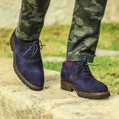 Handmade Mens blue full brogue wingtip suede shoes, Men blue suede leather shoes - Boots