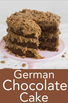 This classic German Chocolate cake features a rich and tender chocolate cake slathered in a coconut pecan caramel frosting that's addictive and delicious! Homemade Chocolate Cupcakes, Chocolate Cake From Scratch, Chocolate Torte, German Chocolate, Chocolate Desserts, Chocolate Coffee, Best Cake Recipes, Cupcake Recipes, Cupcake Cakes