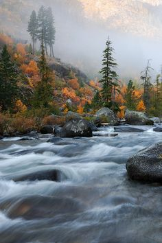 So far this is my favorite shot from shooting this fall. This is taken from the Icicle River outside of Leavenworth, Washington. In the background is the ridge line that you must go up and over to enter the Enchantment Basin of the Alpine Lakes Wilderness Area. by David  Forster on 500px