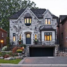 Ranch Style Home Curb Appeal Design, Pictures, Remodel, Decor and Ideas - page 5  I love the color of the stones, although I wouldn't want my whole house to be made of them
