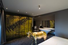 Hotel Preview: The Exhibitionist Hotel in London – http://traveluxblog.com/2015/05/02/hotel-preview-the-exhibitionist-hotel-london/ #travel #wanderlust #luxury #hotel #design #art #london #uk (Image Source: The Exhibitionist Hotel / theexhibitionisthotel.com)