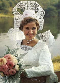bretagne bride. i know this is just what all us US brides lust after, right?