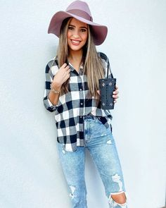 """𝒥𝓊𝓁𝒾𝒶𝓃𝓃𝒶 𝒵𝒶𝓋𝒶𝓁𝒶 on Instagram: """"$15 plaid shirt from Target, I'll take one in every color!! 👌🏼This shirt fits so nicely, and is super soft!! Tonight is your last chance…"""" Last Chance, Target, Plaid, Fitness, Shirts, Color, Instagram, Tops, Women"""