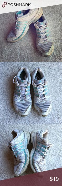 Adidas Response Running Shoes Good running shoes made out of thin top material and torsion system soles! The condition is pretty worn, I'd say 7 out of 10, there no rips, but shoes need to be wiped! True to size, beautiful combination of white and aqua blue colors! Ask questions! Make offers! Adidas Shoes Athletic Shoes