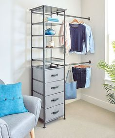 Manage your organization with the help of this storage system that includes shelving, drawers and racks to keep your wardrobe tidy. Modular Closet Systems, Modular Closets, Modular Storage, Storage Spaces, Boys Closet, Closet Rod, Closet Shelves, Drawer Filing Cabinet, Shoe Storage Cabinet