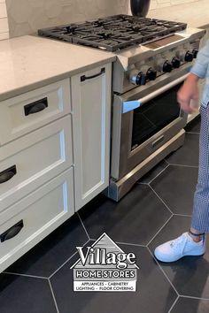 Small Kitchen Cabinet Design, Simple Kitchen Cabinets, Simple Kitchen Design, Kitchen Cupboard Designs, Luxury Kitchen Design, Kitchen Room Design, Best Kitchen Designs, Home Decor Kitchen, Kitchen Interior
