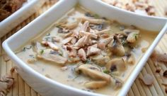 Hlivová polievka Cheeseburger Chowder, Food And Drink, Soup, Mai, Red Peppers, Soups, Chowder