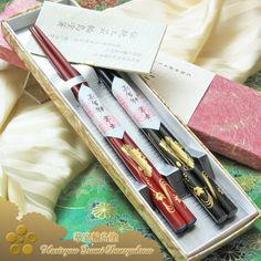 Kaen Wajimanuri Honkin (Gold) Maki-e Shunju Hanaikada (flower raft) (two pairs)
