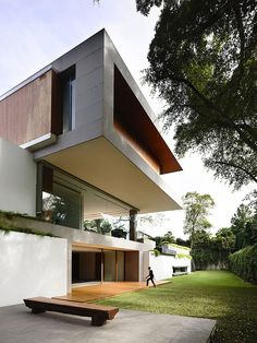 65BTP House by ONG&O